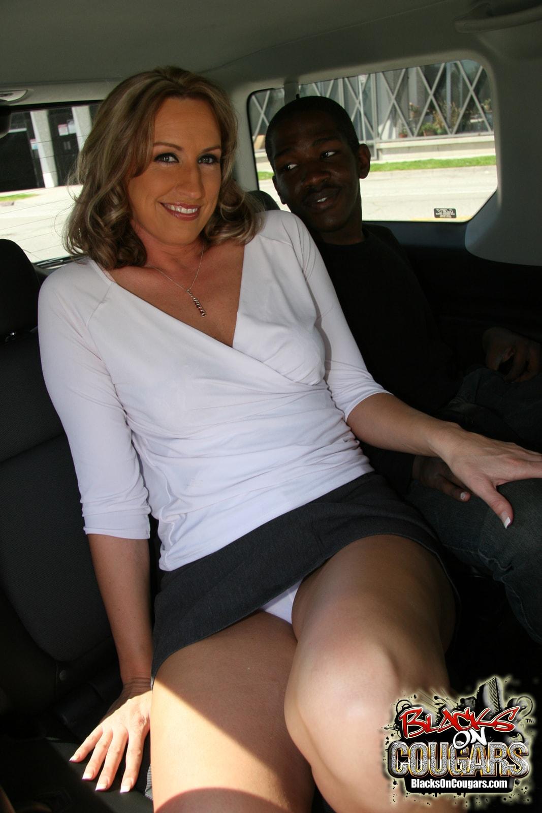 Dogfart '- Blacks On Cougars' starring Joey Lynn (Photo 4)