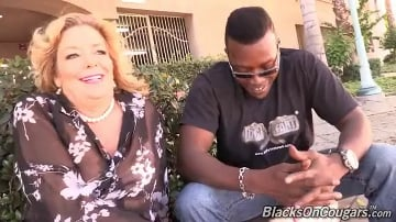 Karen Summer - Blacks On Cougars