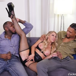 Katie Morgan in 'Dogfart' - Cuckold Sessions - Scene 2 (Thumbnail 15)
