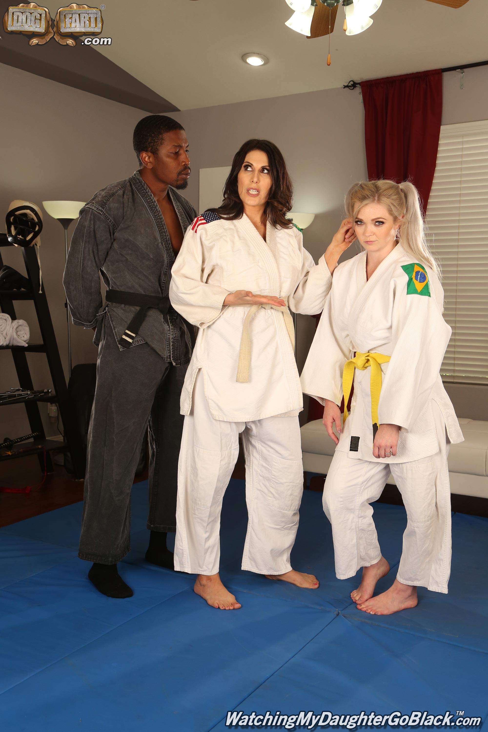Dogfart 'and Makayla Cox - Watching My Daughter Go Black' starring Kay Carter (Photo 2)