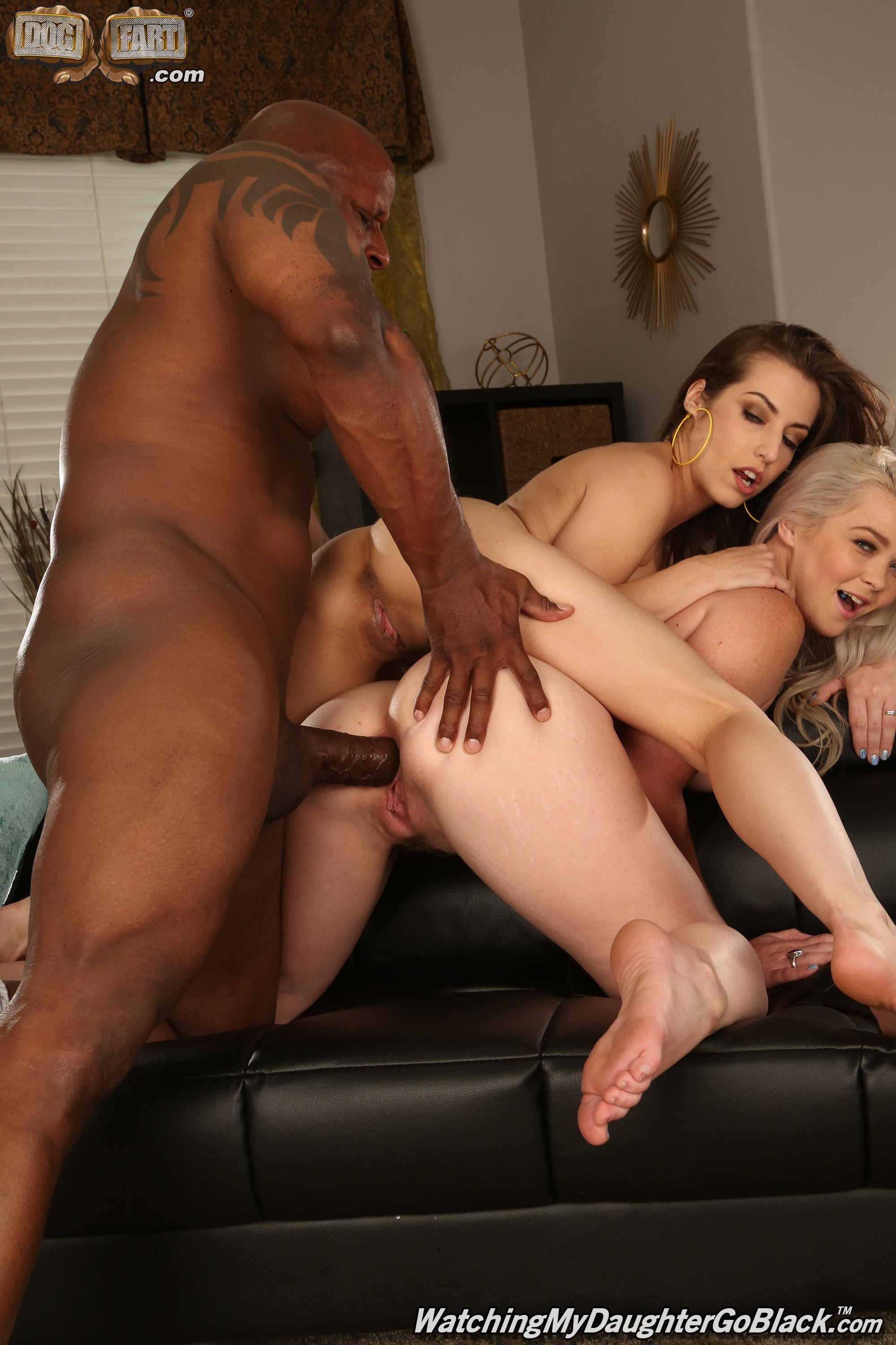 Dogfart 'and Spencer Bradley - Watching My Daughter Go Black' starring Kay Carter (Photo 27)
