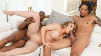 Kayley Gunner en '- Blacks On Blondes'