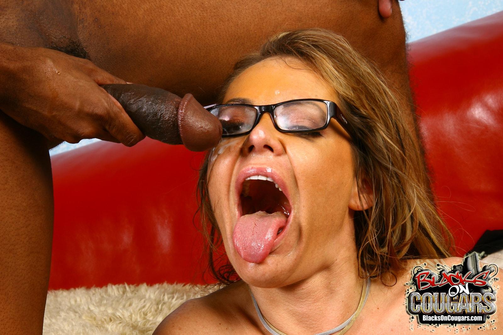 Dogfart '- Blacks On Cougars' starring Kelly Leigh (Photo 29)