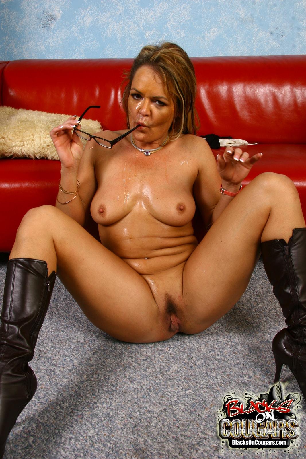 Dogfart '- Blacks On Cougars' starring Kelly Leigh (Photo 30)