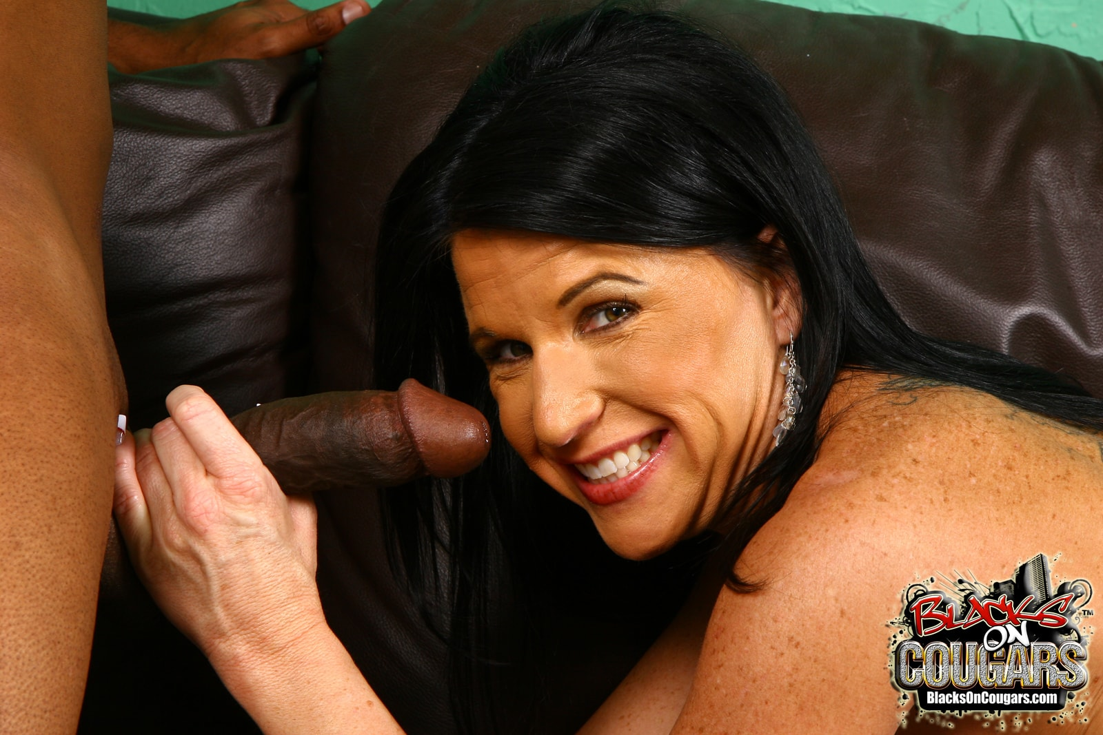 Dogfart '- Blacks On Cougars' starring Kendra Secrets (Photo 25)