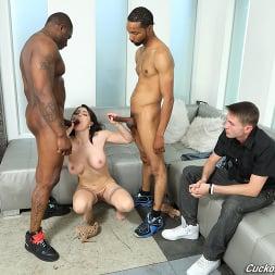 Krissy Lynn in 'Dogfart' - Cuckold Sessions - Scene 2 (Thumbnail 13)