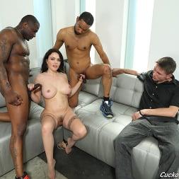 Krissy Lynn in 'Dogfart' - Cuckold Sessions - Scene 2 (Thumbnail 30)