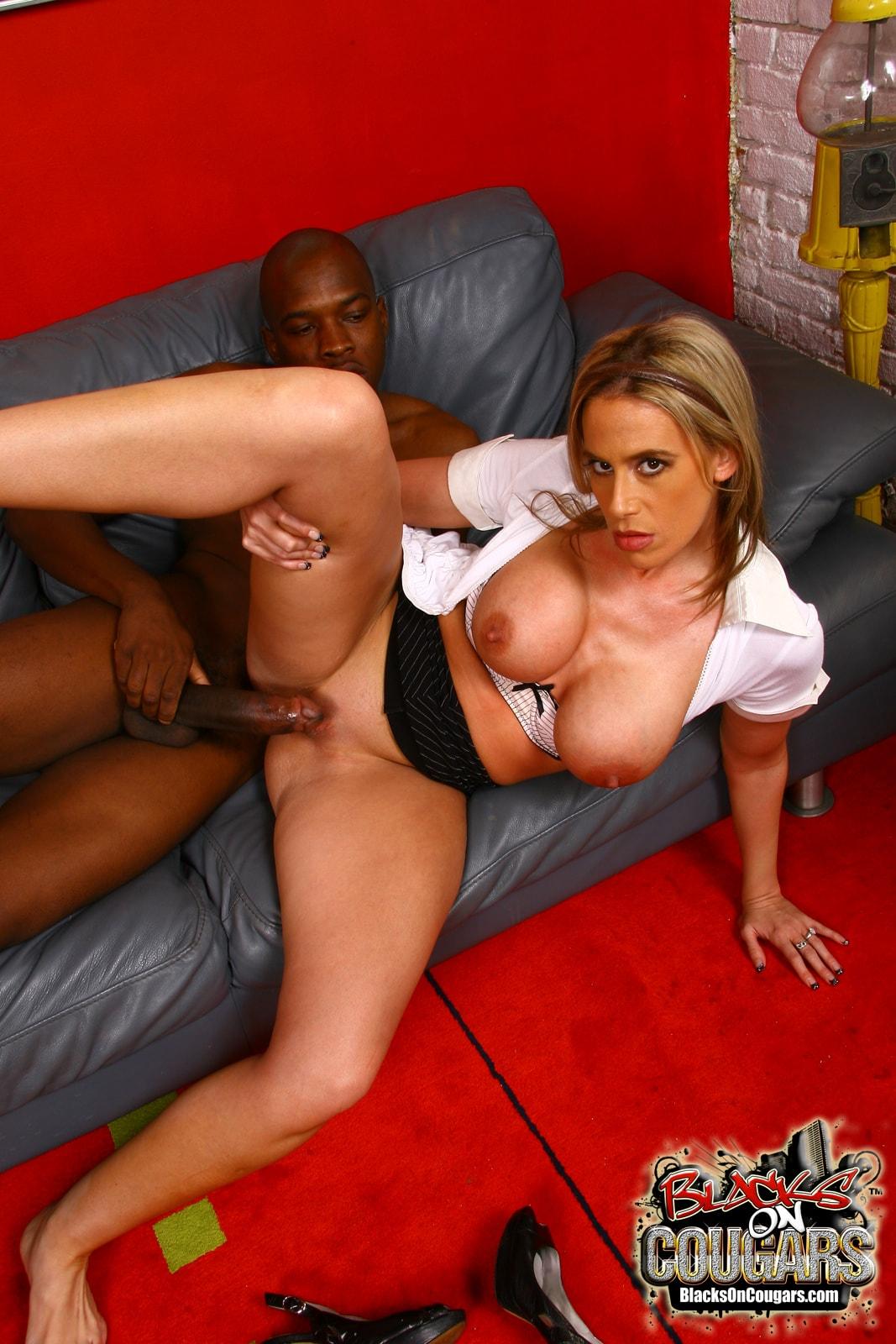 Dogfart '- Blacks On Cougars' starring Kylie Worthy (Photo 25)