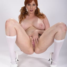 Lauren Phillips in 'Dogfart' - Glory Hole - Scene 2 (Thumbnail 9)