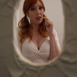 Lauren Phillips in 'Dogfart' - Glory Hole - Scene 2 (Thumbnail 13)