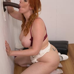 Lauren Phillips in 'Dogfart' - Glory Hole - Scene 2 (Thumbnail 21)