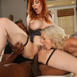 Lauren Phillips in 'Dogfart' and Zoe Sparx - Watching My Mom Go Black (Thumbnail 14)