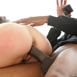 Leah Lee in 'Dogfart' - Interracial Pickups (Thumbnail 13)