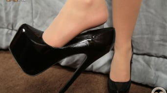 Lola Foxx in '- Black Meat White Feet'