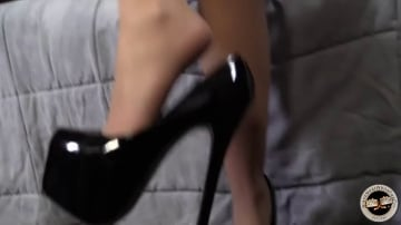 Lola Foxx - Black Meat White Feet