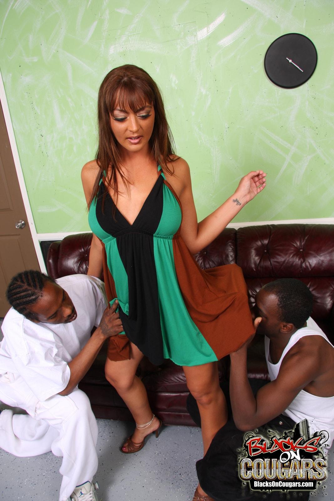 Dogfart '- Blacks On Cougars' starring Michaela Mancini (Photo 7)