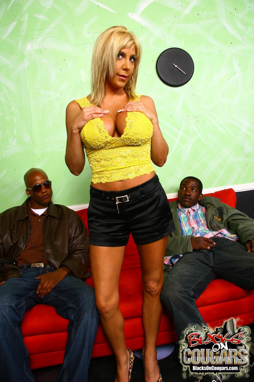 Dogfart '- Blacks On Cougars' starring Misty Vonage (Photo 8)