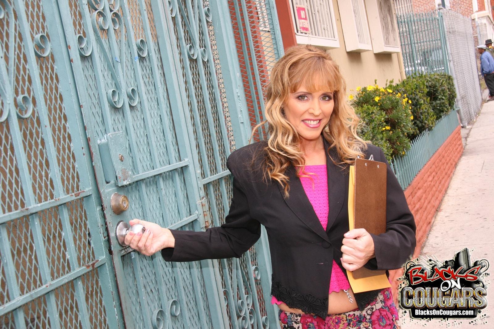 Dogfart '- Blacks On Cougars' starring Nicole Moore (Photo 1)
