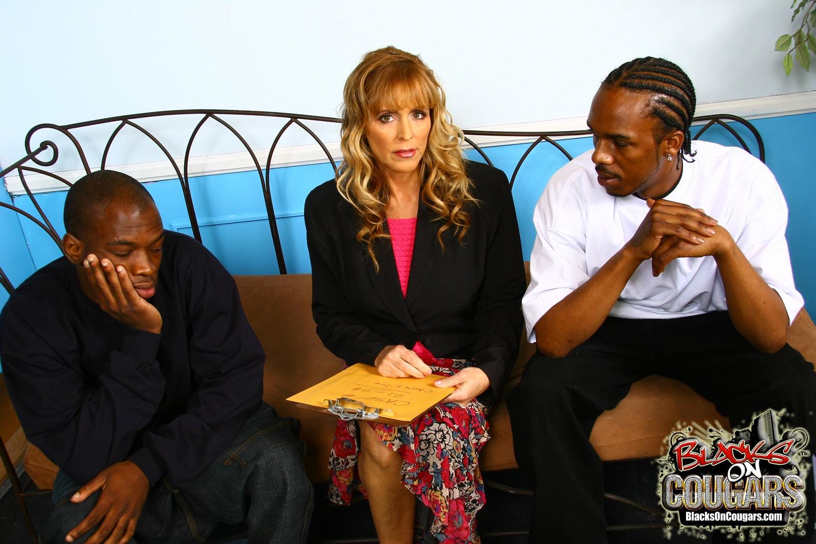 Dogfart '- Blacks On Cougars' starring Nicole Moore (Photo 3)