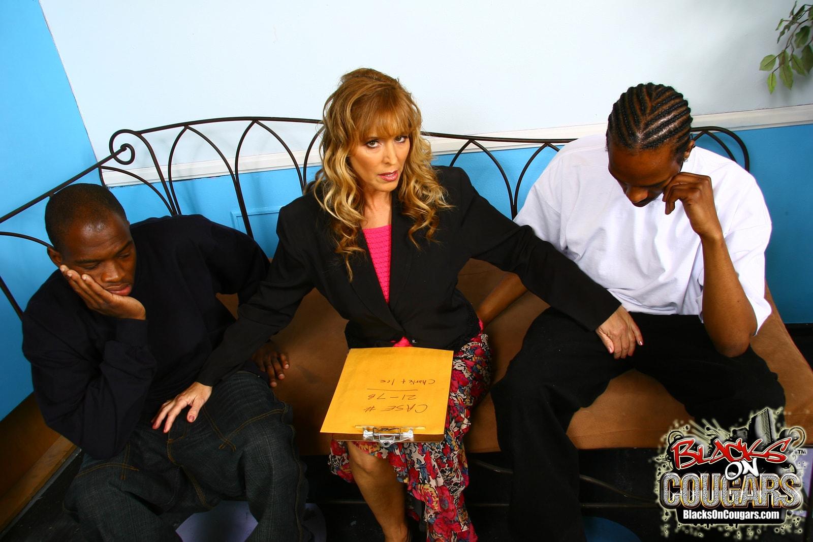 Dogfart '- Blacks On Cougars' starring Nicole Moore (Photo 4)
