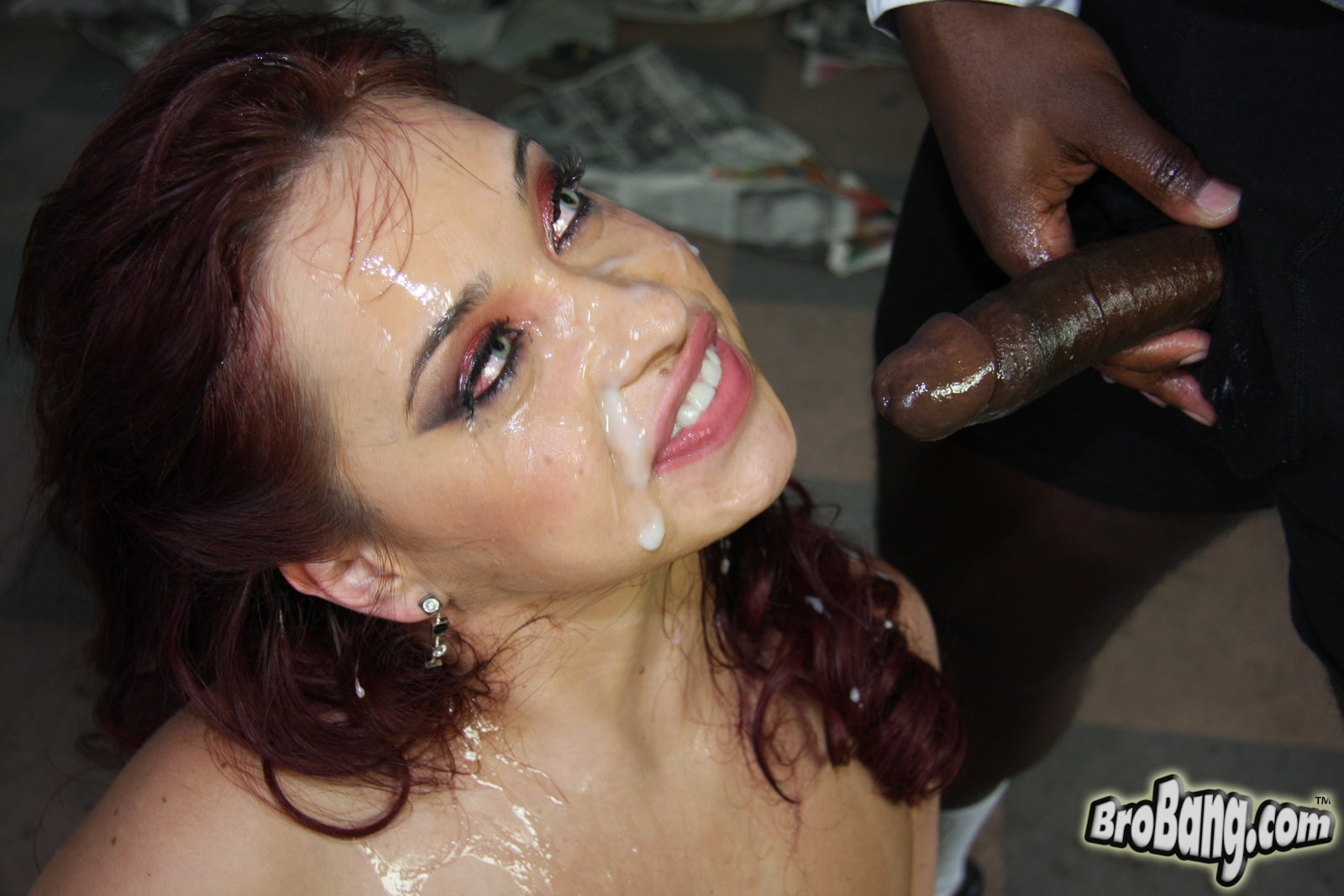 Dogfart 'Olga - Interracial Blowbang' starring Olga (photo 30)
