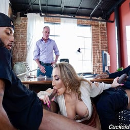 Richelle Ryan in 'Dogfart' - Cuckold Sessions - Scene 2 (Thumbnail 8)
