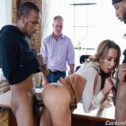 Richelle Ryan in 'Dogfart' - Cuckold Sessions - Scene 2 (Thumbnail 13)