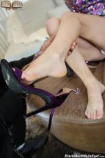 Riley Star - Black Meat White Feet (Thumb 07)
