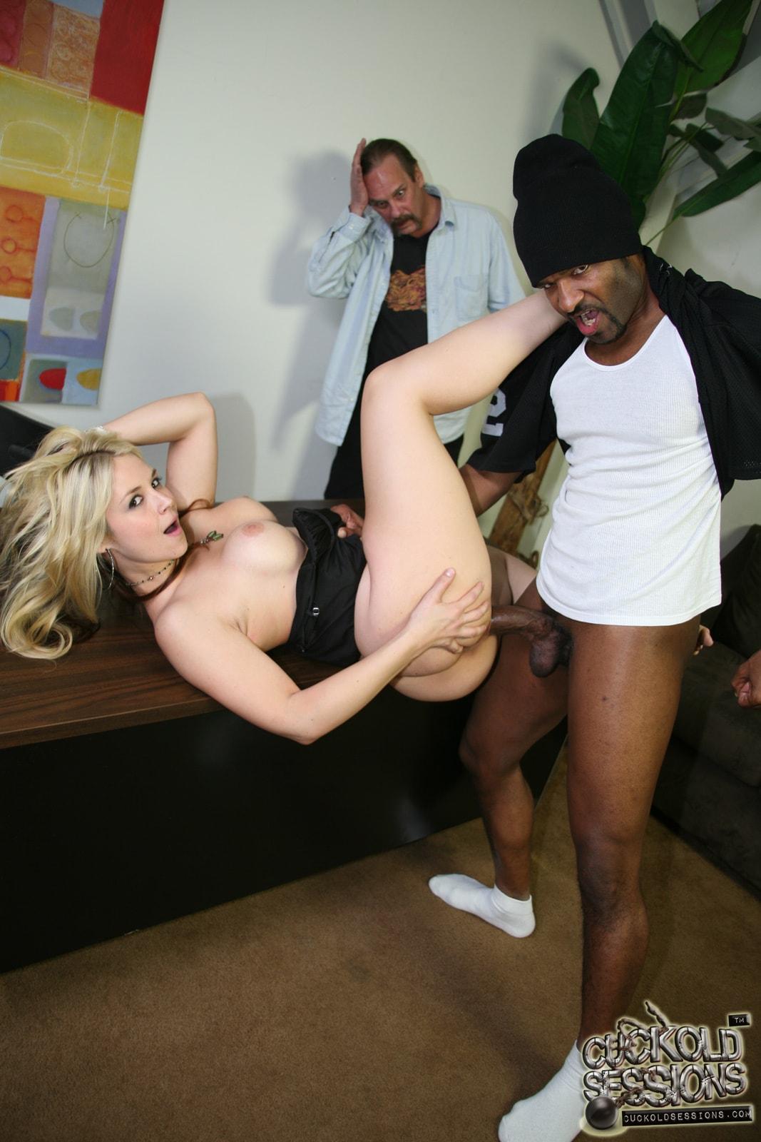 Burningangel punk babysitter rides cock pornofilme