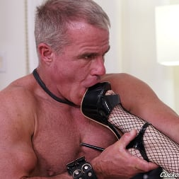 Sidra Sage in 'Dogfart' - Cuckold Sessions (Thumbnail 9)