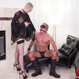 Sidra Sage in 'Dogfart' - Cuckold Sessions (Thumbnail 14)