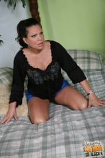 Teri Weigel - Watching My Mom Go Black (Thumb 06)