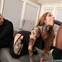 Vanessa Vega in 'Dogfart' - Cuckold Sessions (Thumbnail 9)