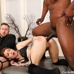 Vanessa Vega in 'Dogfart' - Cuckold Sessions (Thumbnail 24)