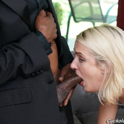Zoe Sparx in 'Dogfart' - Cuckold Sessions (Thumbnail 14)